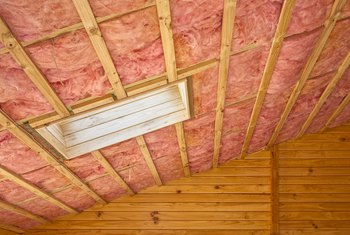 How to Compare Rock Wool and Fiberglass Insulation