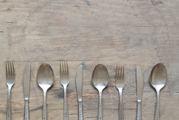 How to Remove Stains and Tarnish From Regular Kitchen Silverware