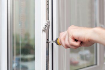 How to Fix Vinyl Windows That Won't Stay Up