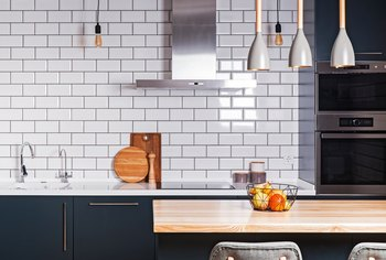 How to Treat the Exposed Edge of a Backsplash