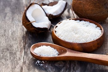 Health Benefits of Dehydrated, Shredded Coconut