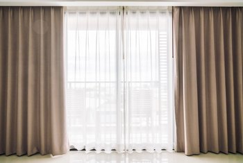 How to Shorten Drapes With No Hemming