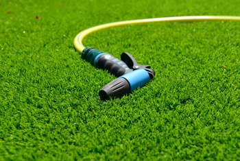 How to Compact Soil With a Water Hose