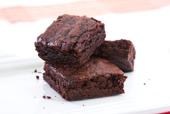 How to Cut Down on Sugar in Brownies