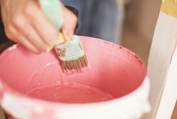How to Add Sand to Interior House Paint