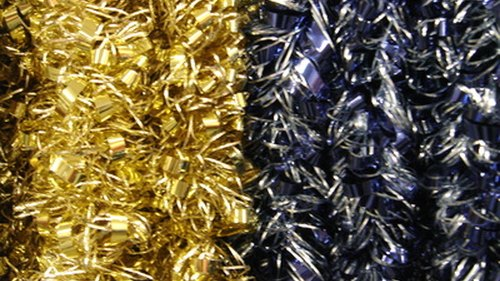 <p>Wrap  your favorite color tinsel on your hanger tree.</p>