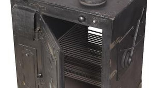 <p>Antique woodburning cook stoves can be refurbished.</p>