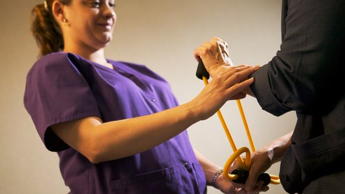 <p>Medical professionals teach patients how to alleviate pain.</p>