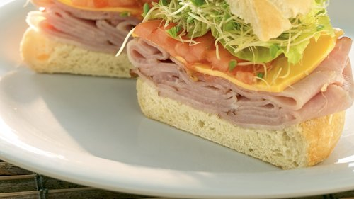 <p>Make a healthy lean sandwich for lunch.</p>