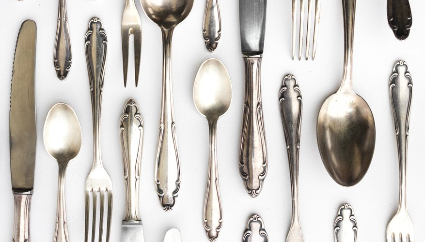 What Happens to Silver-Plated Flatware If You Wash It in the Dishwasher  With Stainless Steel? | Home Guides | SF Gate